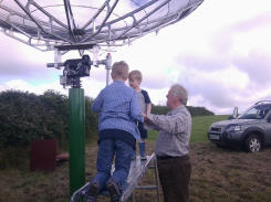 Radio Astronomy Enthusiast Mr. Dave James (UK) & Kids